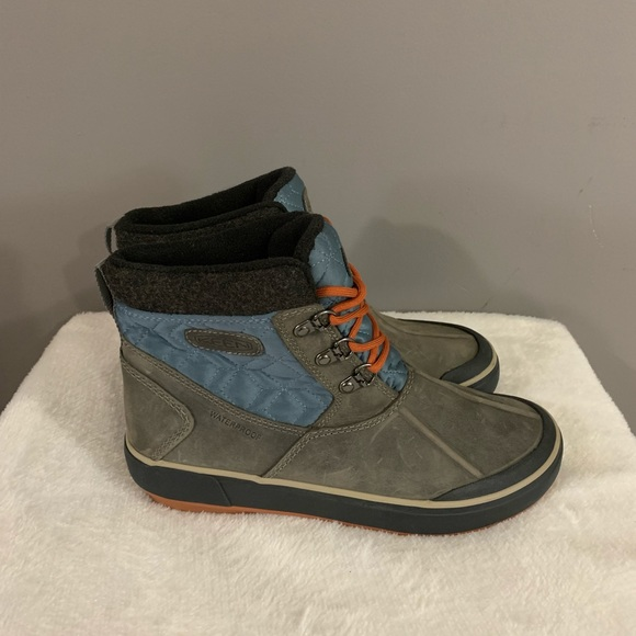 Keen Waterproof Fashinable Quilted Gray Boots 7